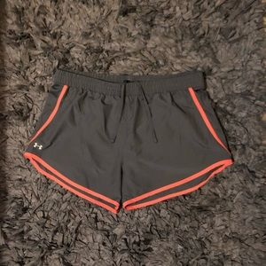 Under Armour size xl loose shorts